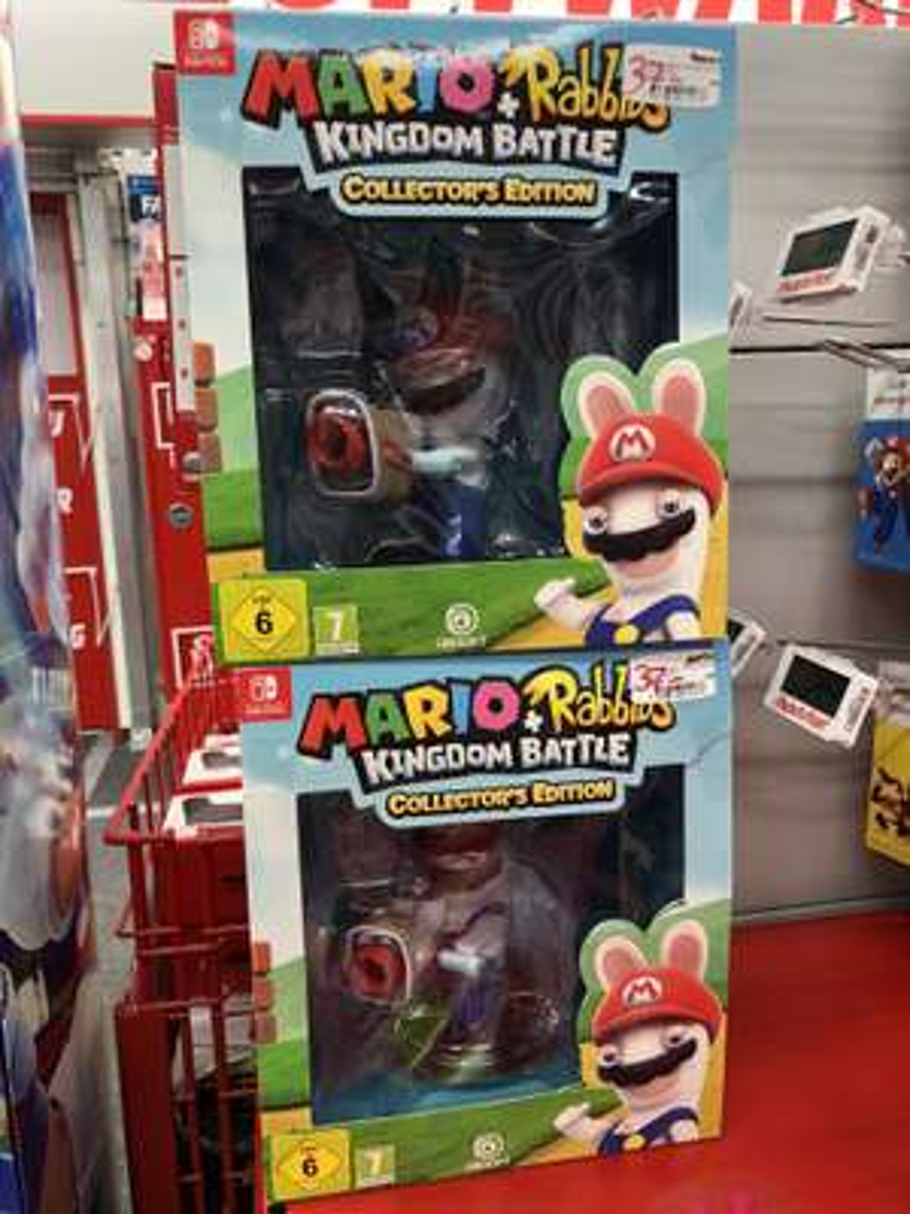 (Lokal MM Düsseldorf Bilk) Mario + Rabbids Kingdom Battle Collector's Edition - Nintendo Switch (leicht beschädigt)
