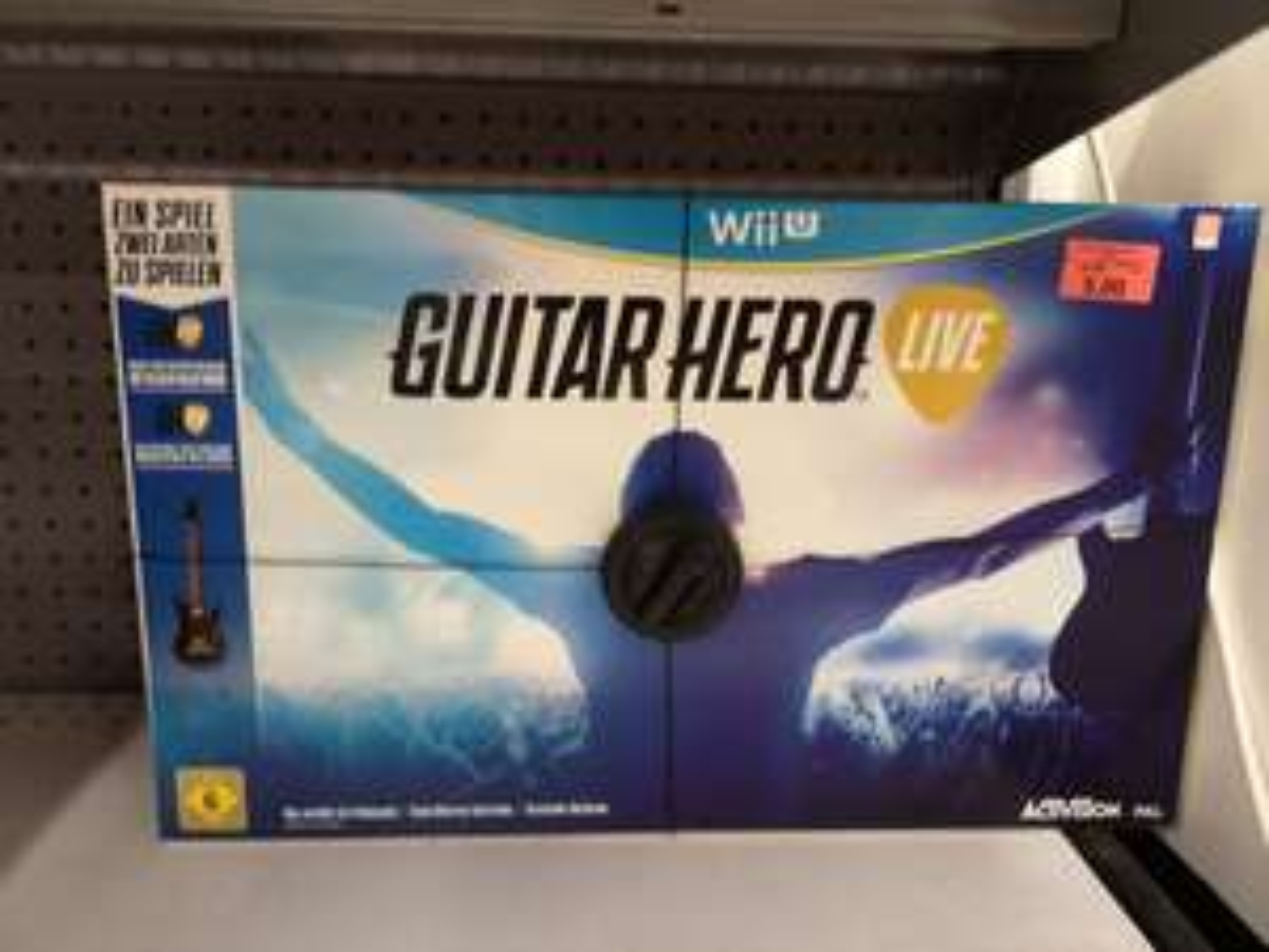 Guitar Hero Live - Wii U (Lokal Toys'r Us Recklinghausen)