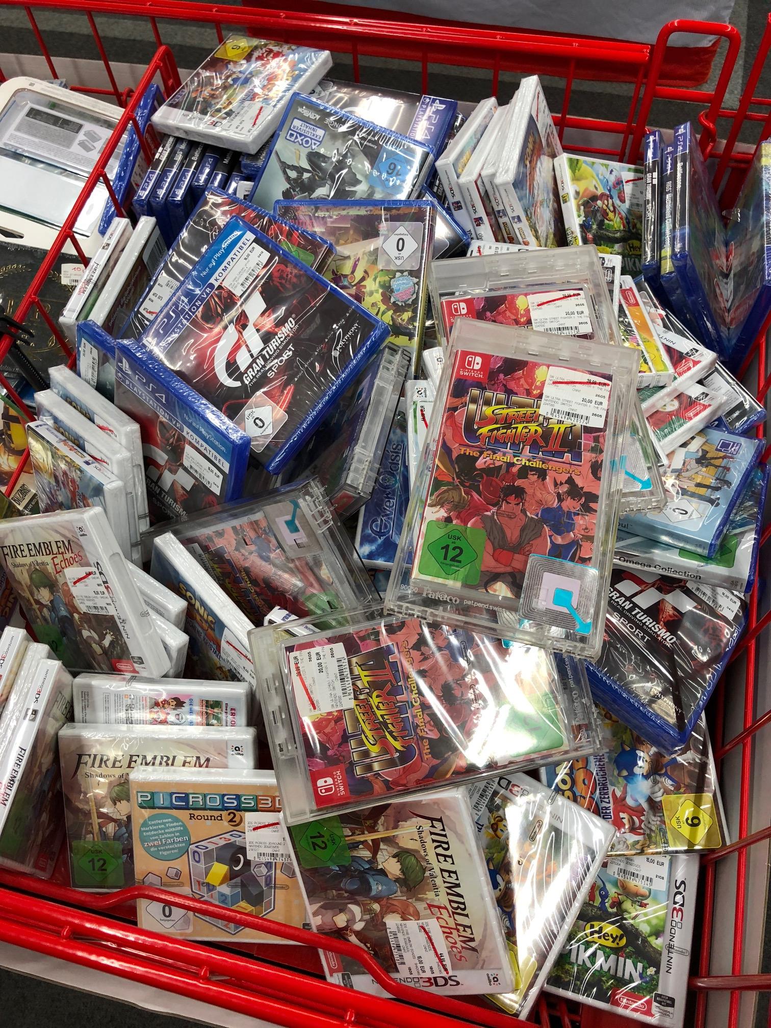 Media Markt Neuss / Videospiele Grabbeltisch Sammeldeal / LOKAL