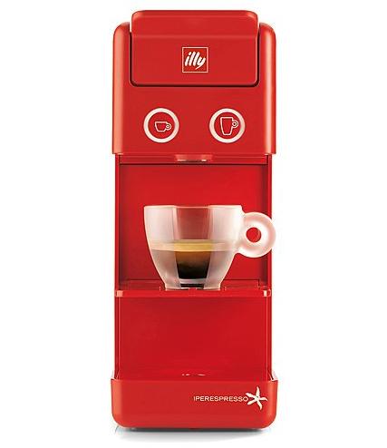 ILLY Kaffee-Kapselmaschinen Y3 (rot, schwarz, creme) + je 100 Kapseln bei brands4friends  (vsk-frei als Neukunde, sonst 6,90€)