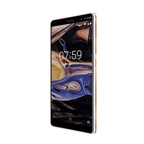 Nokia 7 Plus schwarzes und weißes Modell