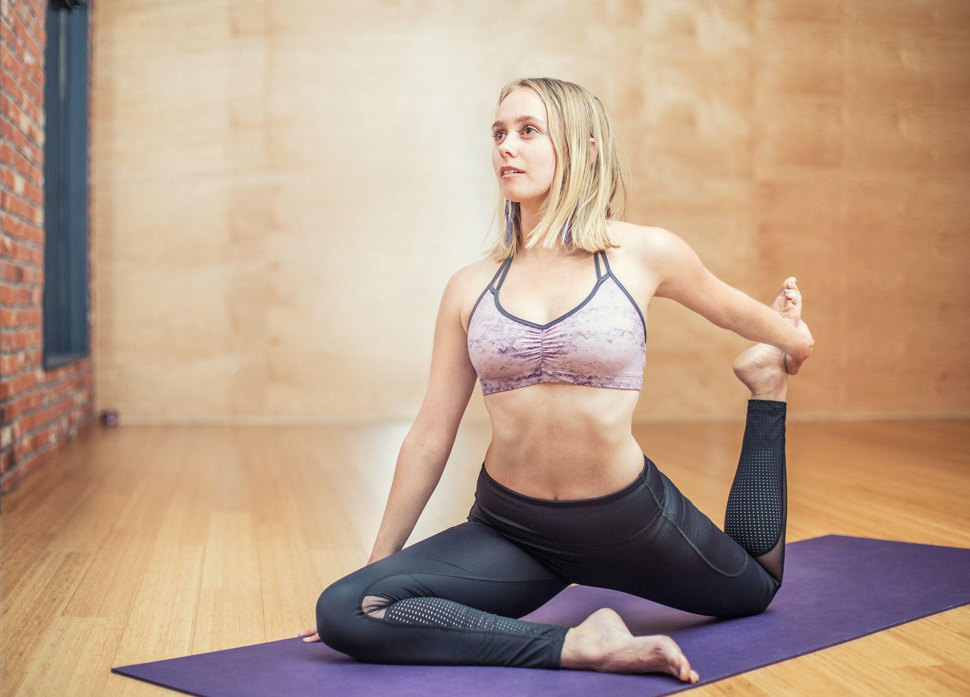 [Prime-Day] Yogamatte und Faszienrolle kostenlos bei Gymondo-Abo (entspricht 6,99 Euro / Monat)