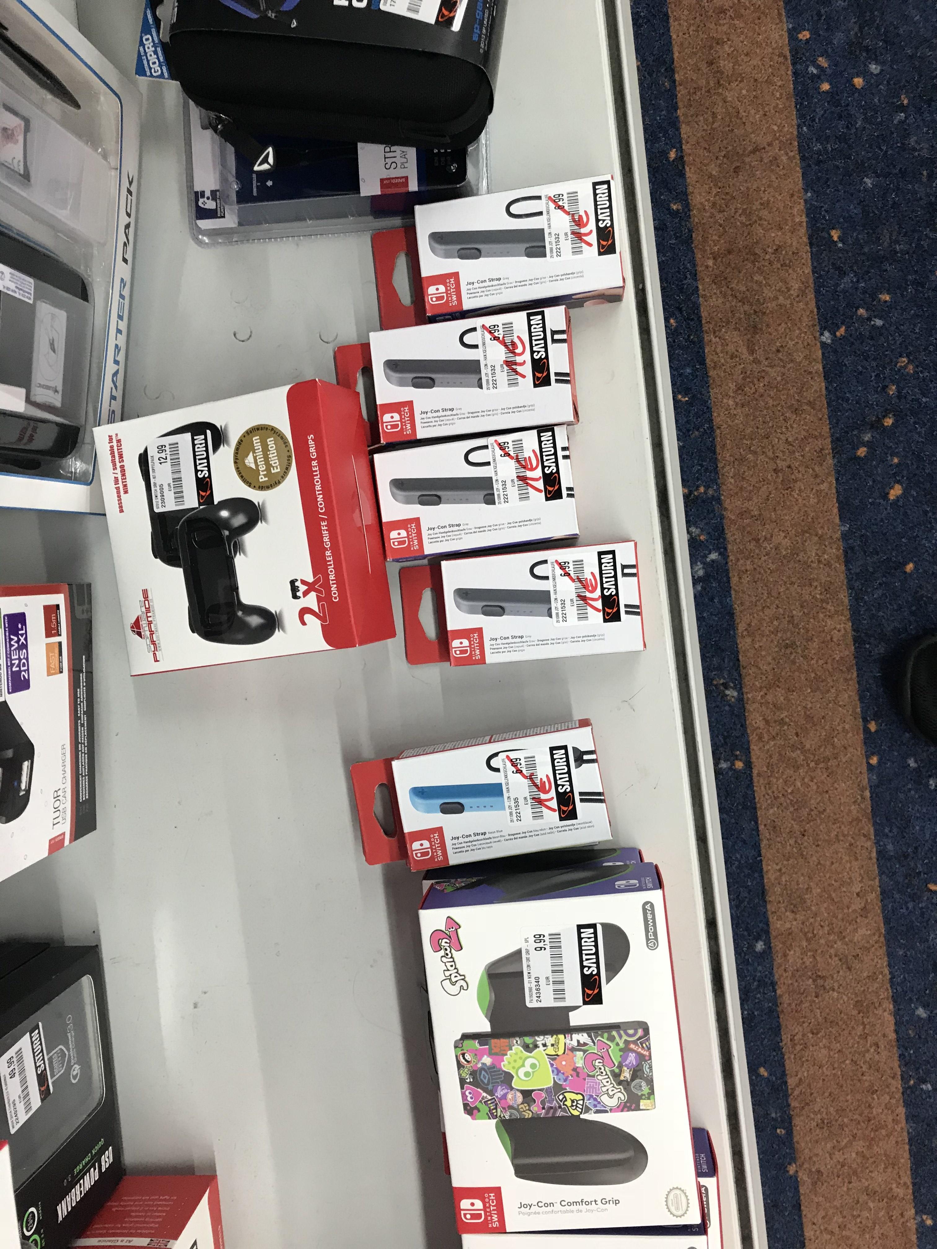 Nintendo Joy-Con Handgelenkschlaufe Nintendo Switch Kurt Schumacher Platz Berlin Lokal