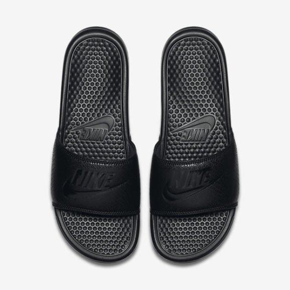 Nike Benassi JDI in drei versch. Farben für Männer bis Gr. 49,5
