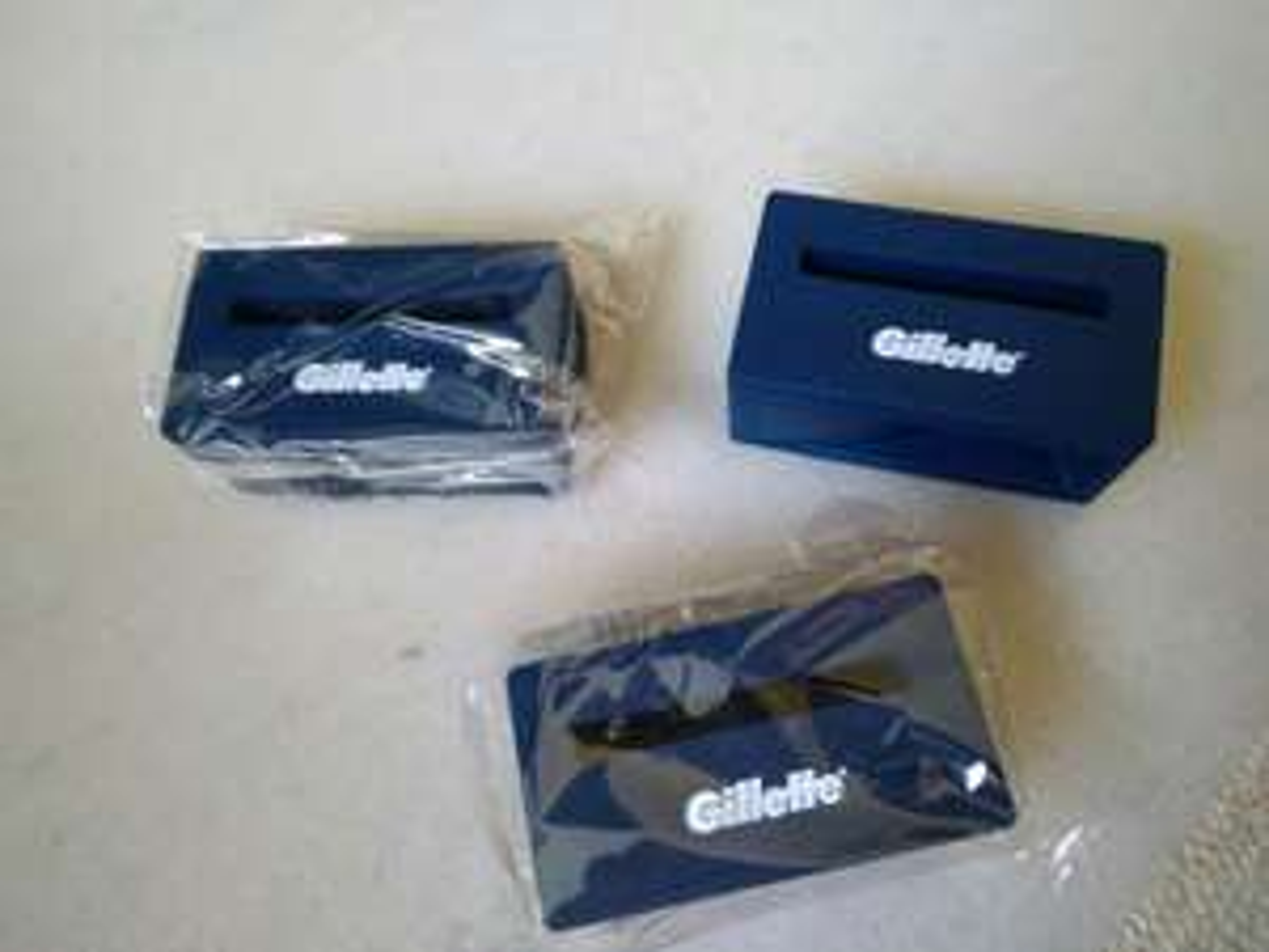 [Lokal Hamburg-Tonndorf] Silikon Audioverstärker / Halter für Smartphone von Gilette