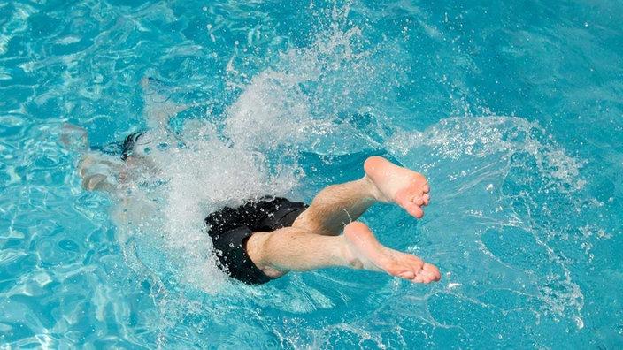 [Lokal Bottrop] Freier Eintritt ins Stenkhoffbad für Kinder und Jugendliche während der Sommerferien