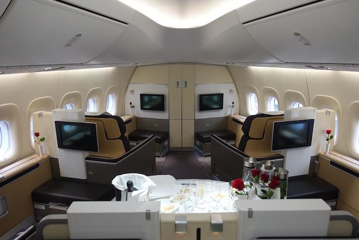 First Class Lufhansa Paris - Rio de Janeiro - Paris (kein Partner) für 2899€