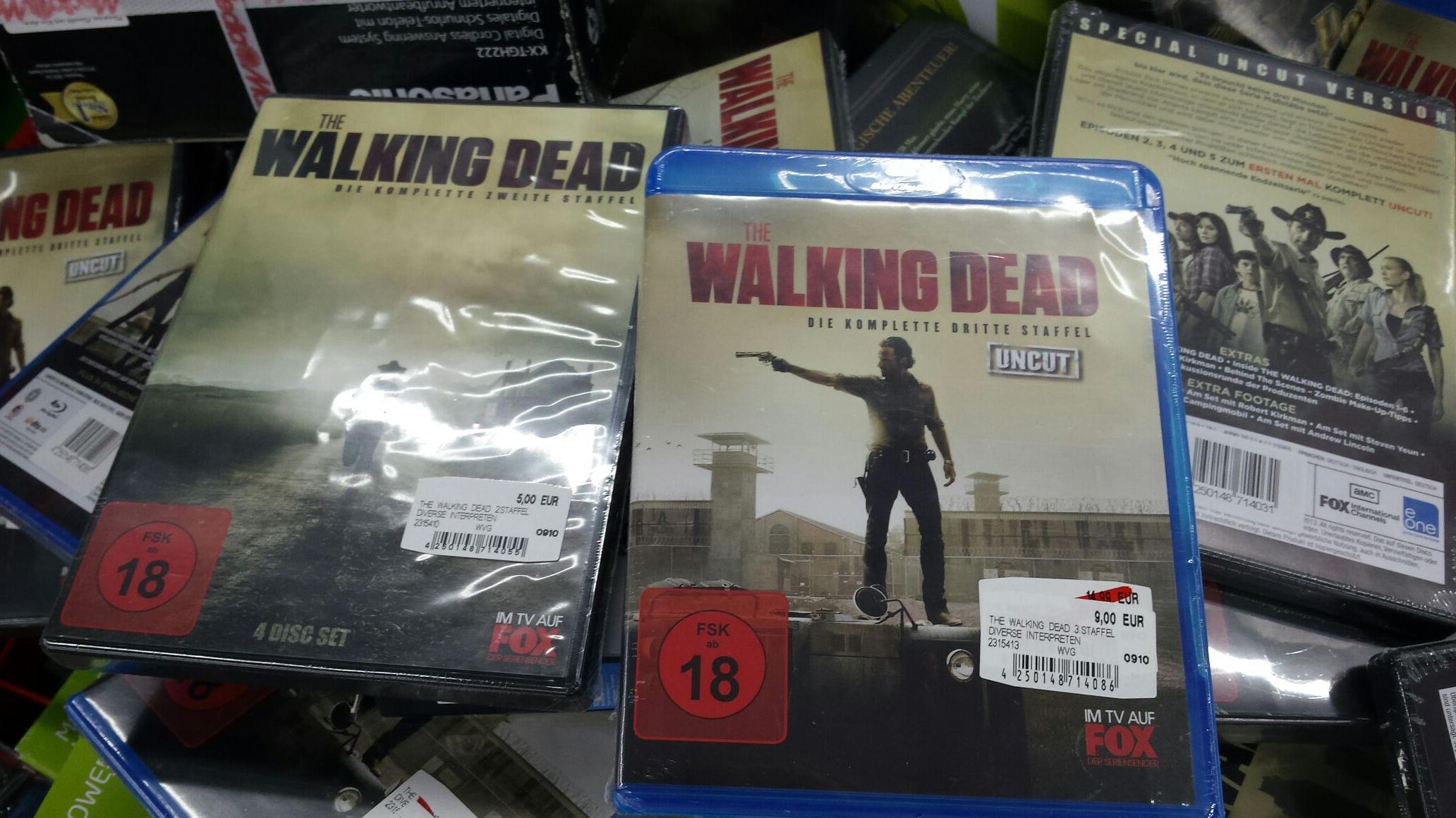 (LOKAL) The Walking dead staffeln MM Bielefeld dvd 5 bd 9 Euro.