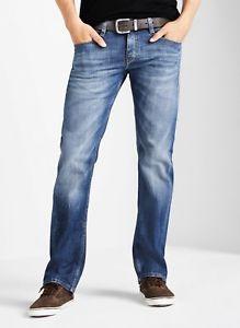 Mustang Oregon Straight Herren Jeans