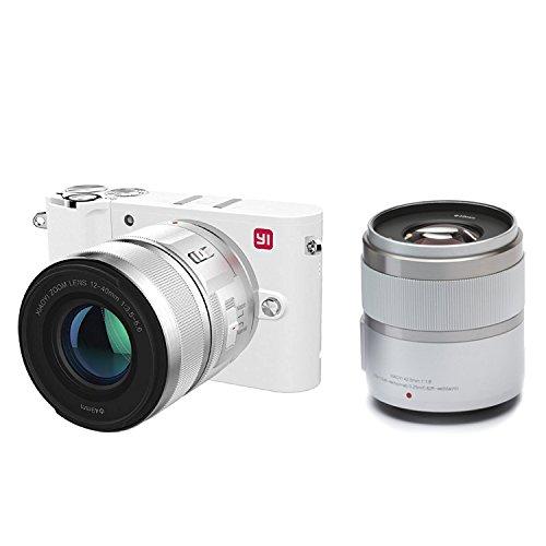 [amazon.it]  YI Technology M1 95014 Mirrorless Digitalkamera (20 MP, 4K Video, 12-40mm, F3,5-5,6 Objektiv/42,5mm F1,8 Objektiv) silber