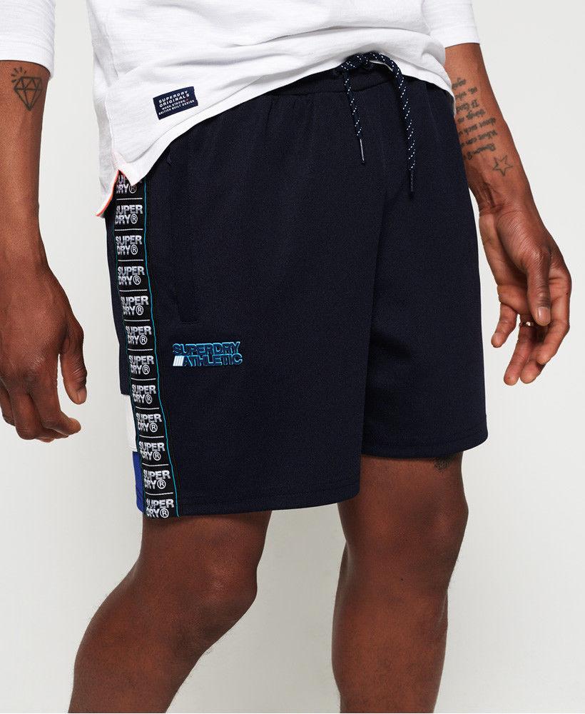Neue Superdry-Angebote bei ebay mit T-Shirts für 11,95€, Shorts für 21,95€, Hemden für 27,95€ usw.