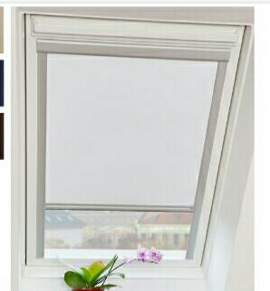 Thermo-Dachfensterrollo für Velux Dachfenster verschiedene Größen und Farben im Lidl Onlineshop