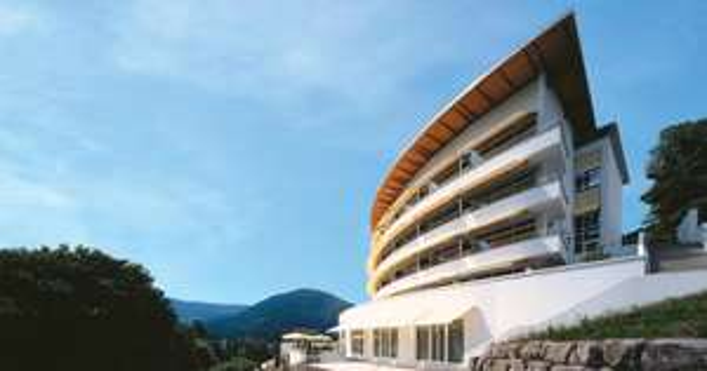 2-3 Übernachtungen im Schwarzwald Panorama 4*-Hotel inkl. Frühstück, Spa & Genussdinner für 2P. 258€