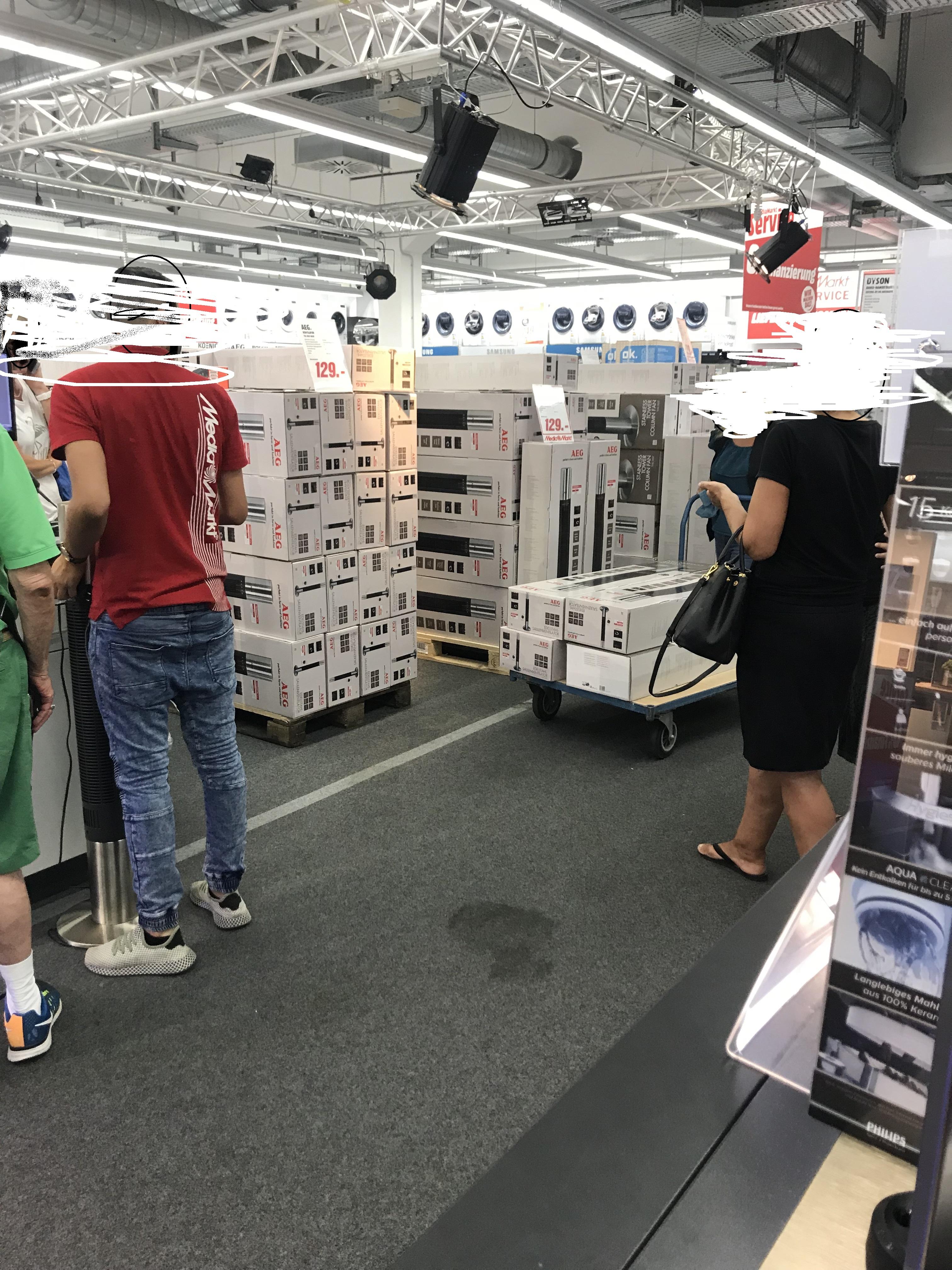 AEG TVL 5537 INOX  Ventilatoren im Media Markt Main Taunus Zentrum