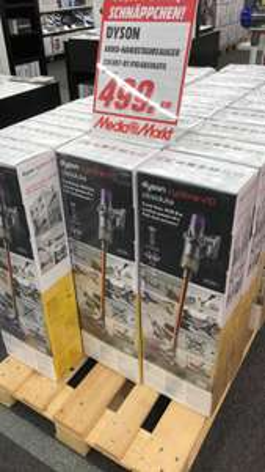 Lokal Media Markt Heilbronn Dyson cyclone V10 absolute
