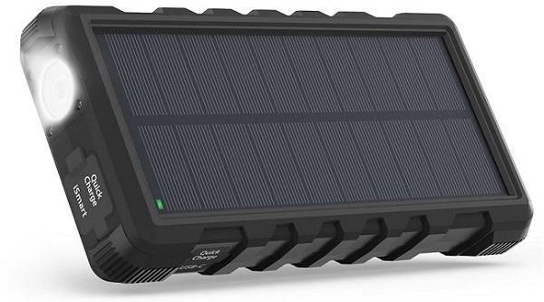 RAVPower QC3.0 25000mAh (mit Micro-USB und Typ-C-Anschlüssen) Outdoor-Solar-Powerbank mit und Taschenlampe für 37,99€