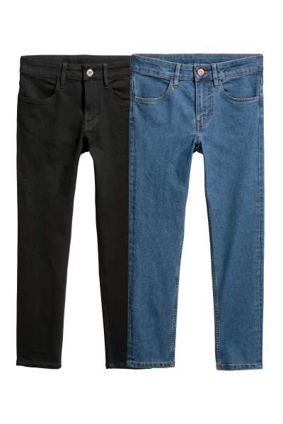 Kindermode im Sale bei [H&M] z.B. 2 Jungs Jeans (Gr. 134 - 170) mit Club kostenloser Versand