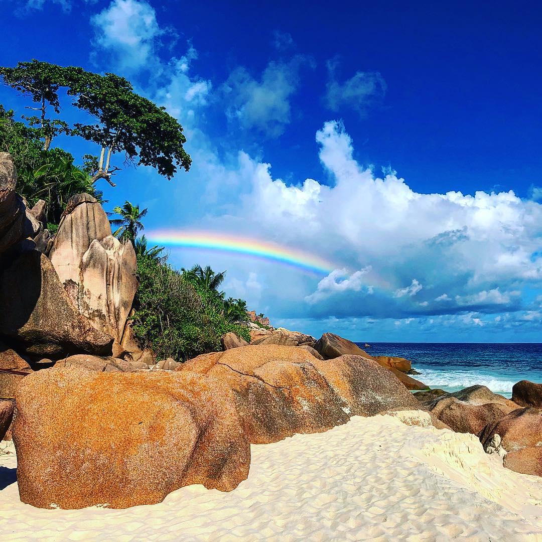 Flüge: Seychellen [November - März] - Hin- und Rückflug mit SWISS und Edelweiss von Prag nach Mahé ab nur 472€ inkl. Gepäck