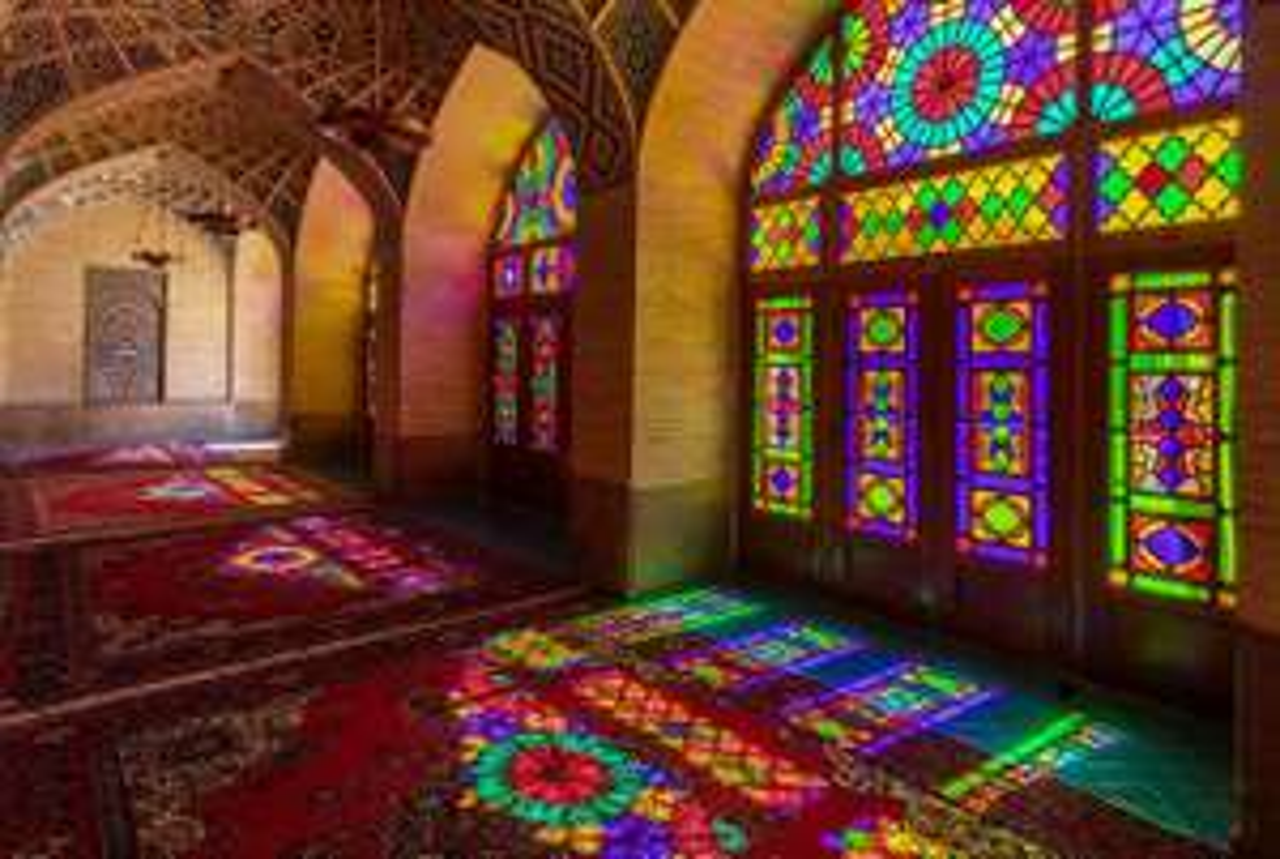 Hin- und Rückflug: Berlin nach Teheran ab nur 198€ (Direktflug mit Gepäck)