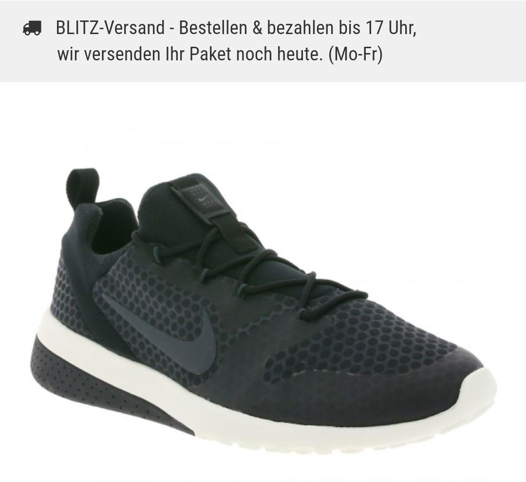 NIKE CK Racer Herren Sneaker Schwarz für 44,99€ [Outlet46 online]