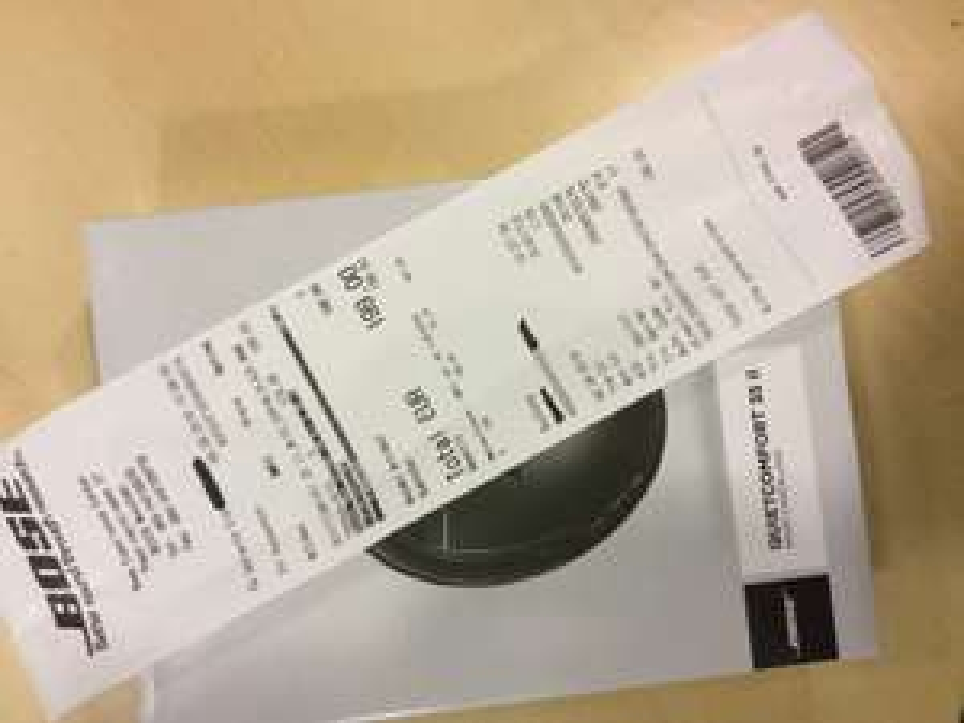 Im Bose Store München QC35 II Bluetooth Headphone black/grey