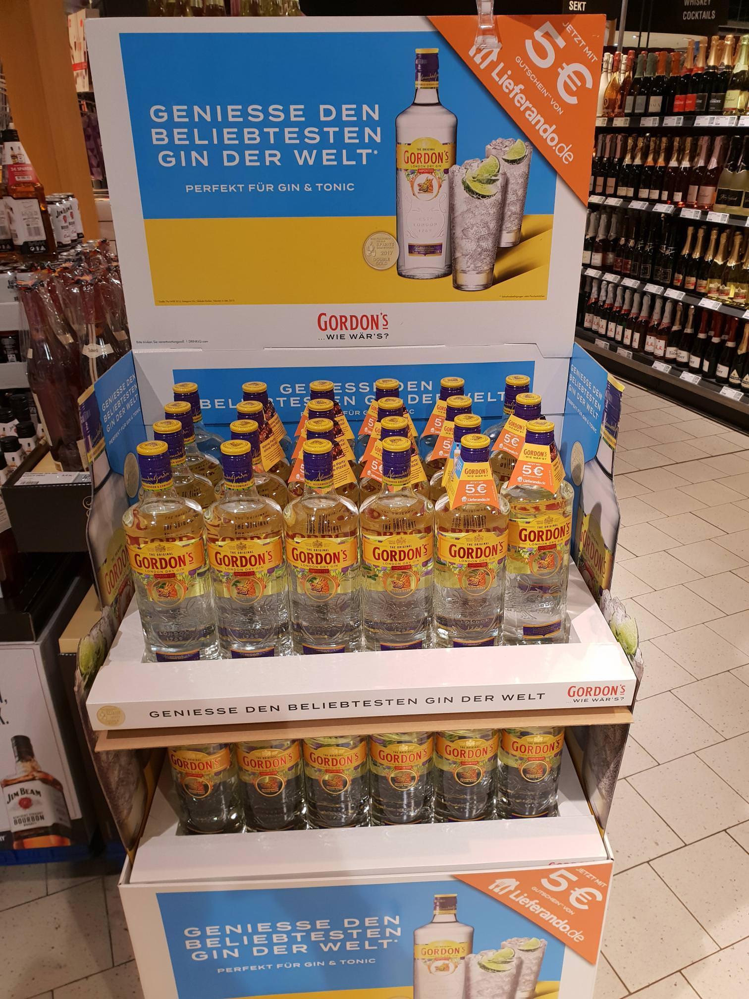 [Darmstadt] Rewe Center: Display mit Gordons Gin Flaschen inkl. 5€ Lieferando Gutscheinen ohne MBW