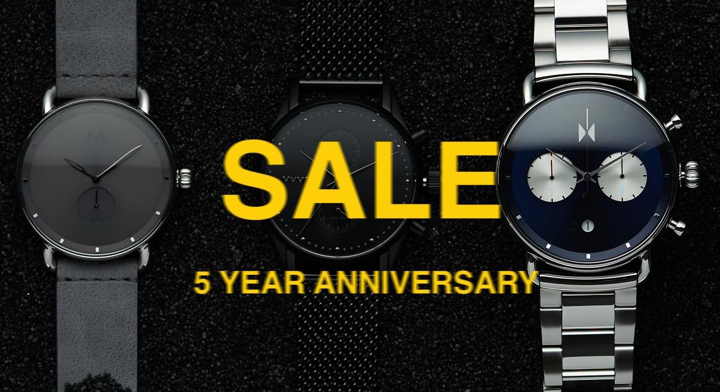 25% bei MVMT 5 Years Sale für Frauen und Männer Uhren + Sonnenbrillen