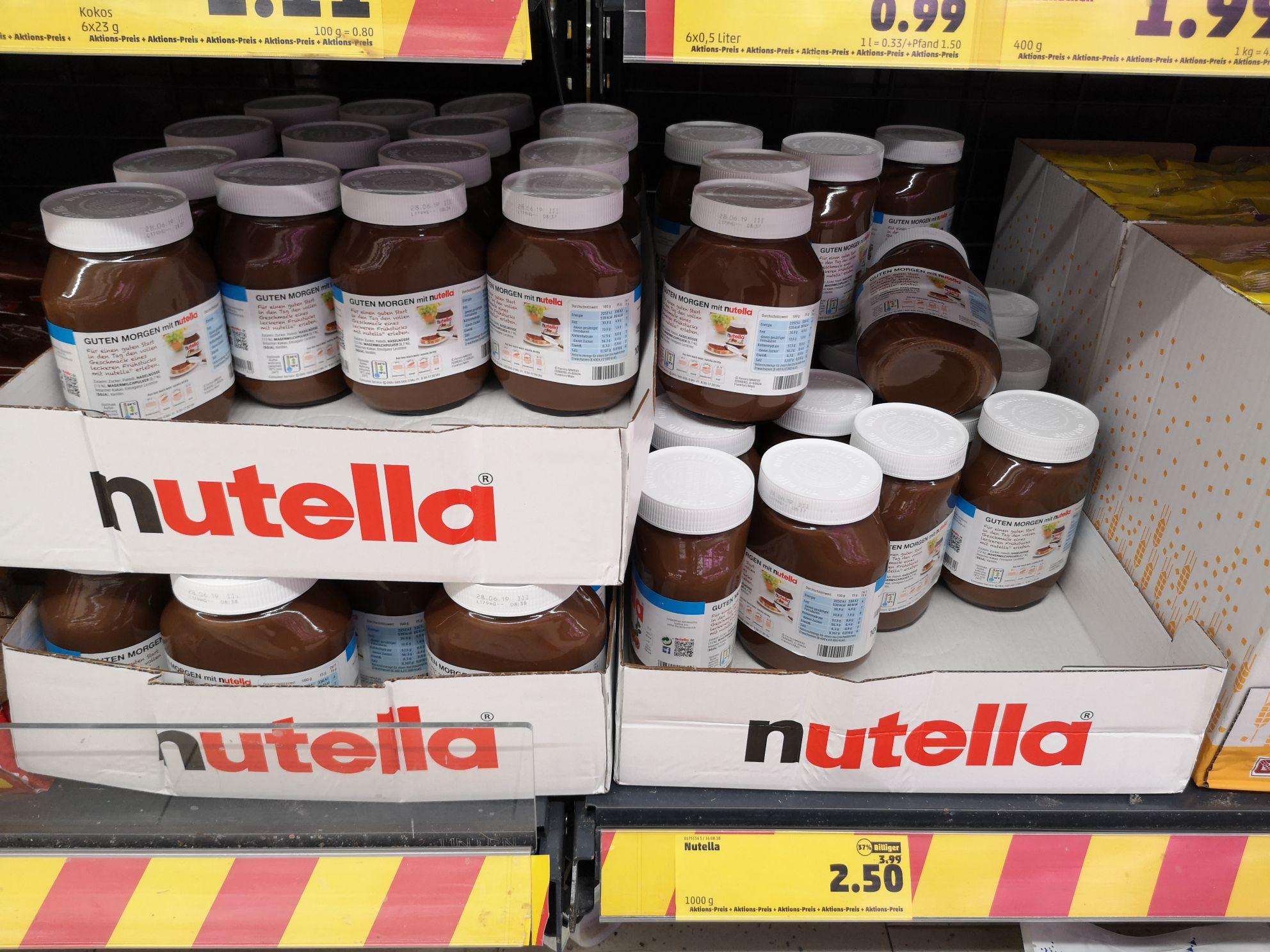 Nutella 1kg und 450gramm+50gramm im Abverkauf (evtl. Nur lokal in HH Bramfeld)