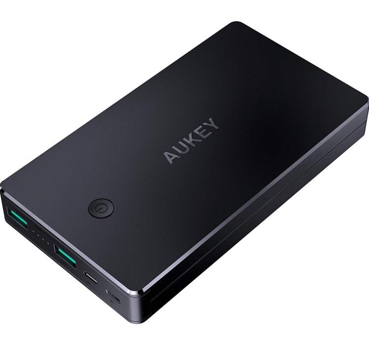 AUKEY Powerbank 20000mAh, Externer Akku mit 2 Aus- und 2 Eingängen (Lightning + Micro USB)