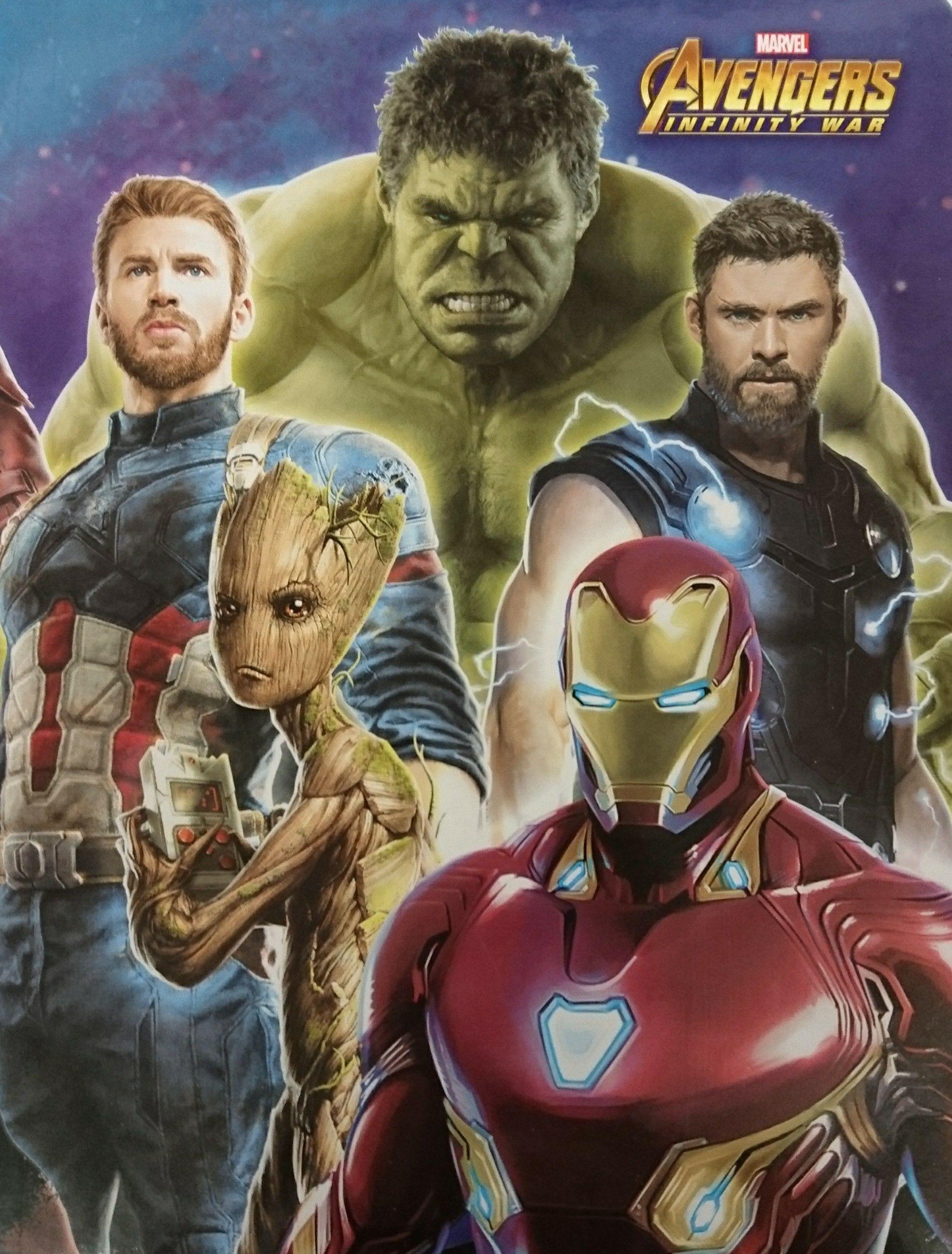 Avengers: Mappe mit Gummizug für 30 Cent, Stiftemappe für 70 Cent (lokal Coesfeld)