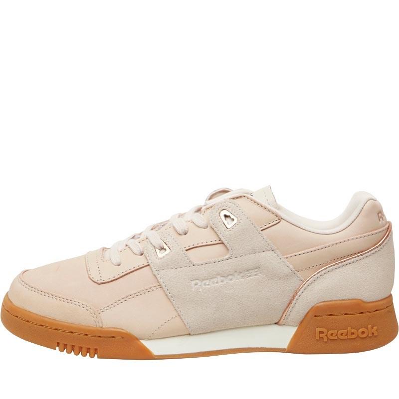 Reebok Sneakers in Pastelltönen zwischen 30 und 40€ inkl. Versand @MandM Direct, z.B. Workout Lo Plus