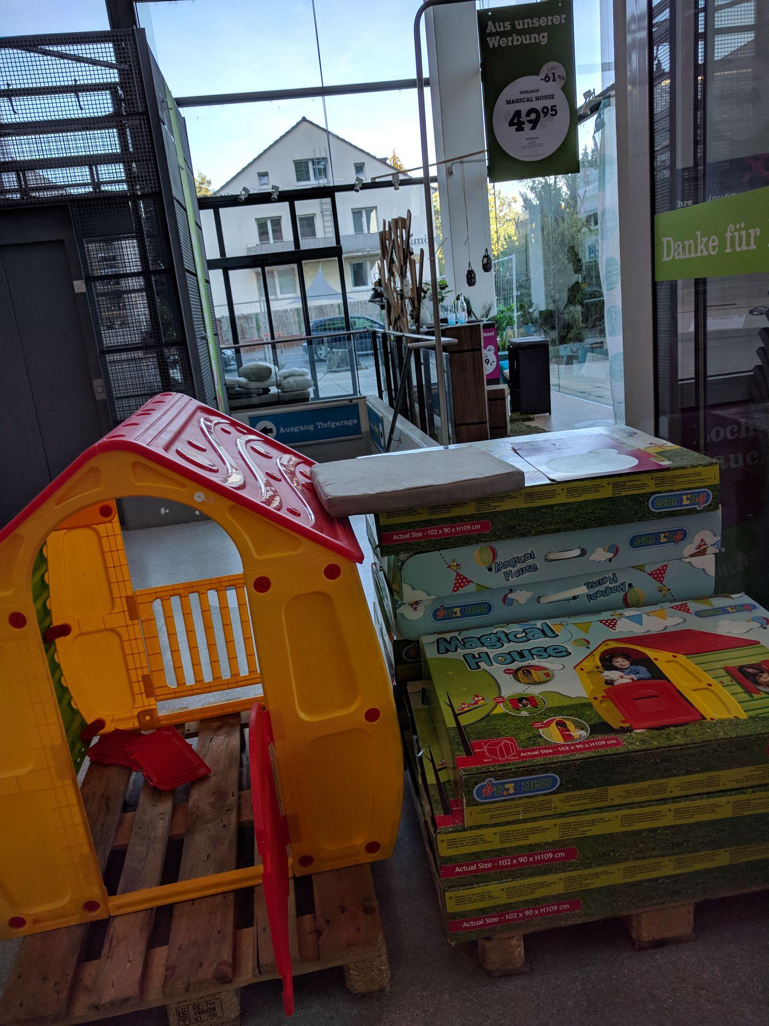 "[Lokal Frankfurt/Main] Mömax Borsigallee: ""Starplay Magical House"" Spielhaus für Kinder"