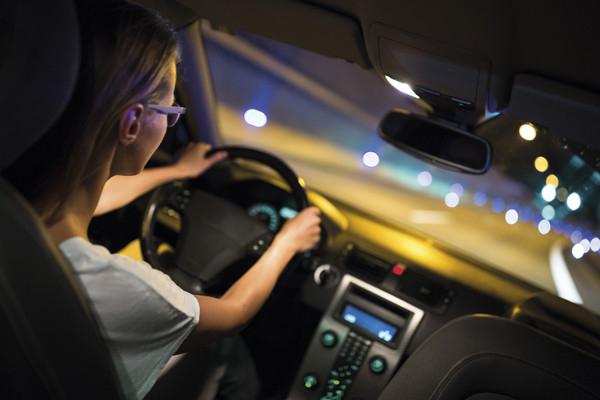 Licht-Test 2018: Kostenlose Fahrzeugüberprüfung für mehr Sicherheit (01. - 31.10.2018)
