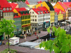 Flüge von Berlin nach Billund (Dänemark) und zurück für 3,98€ bzw. von Berlin nach Sofia (Bulgarien) und zurück für 11,98€