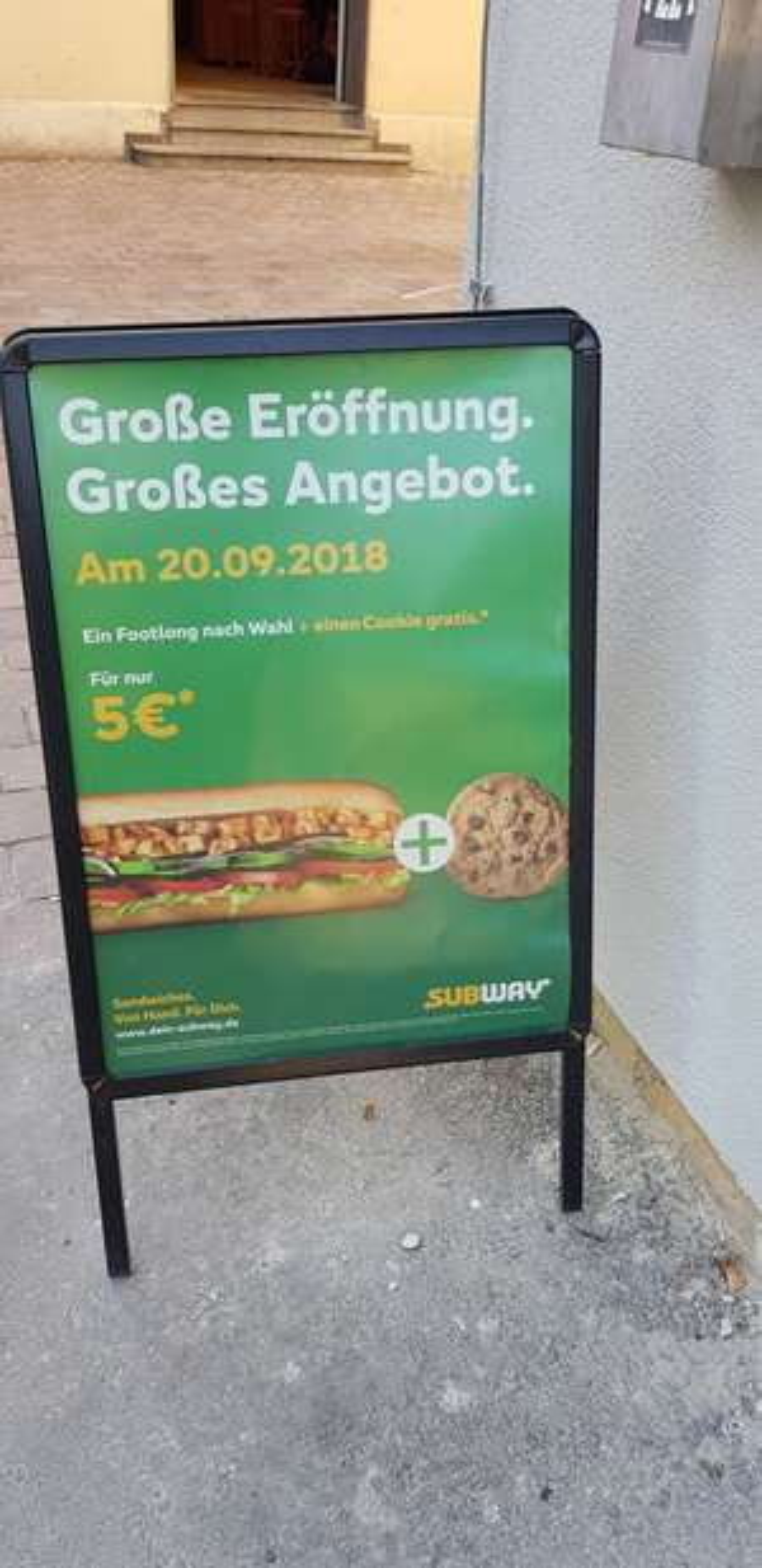 [LOKAL] Augsburg Subway am Bahnhof alle footlong Subs für 5€ + gratis Cookie
