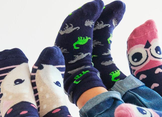 20% auf Socken, Strümpfe und Strumpfhosen - Family Tag bei [Ernstings Family]