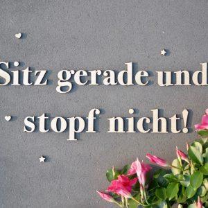 """""""Sitz gerade und stopf nicht!"""" Schriftzug zum Aufkleben -20% & Versandkostenfrei"""