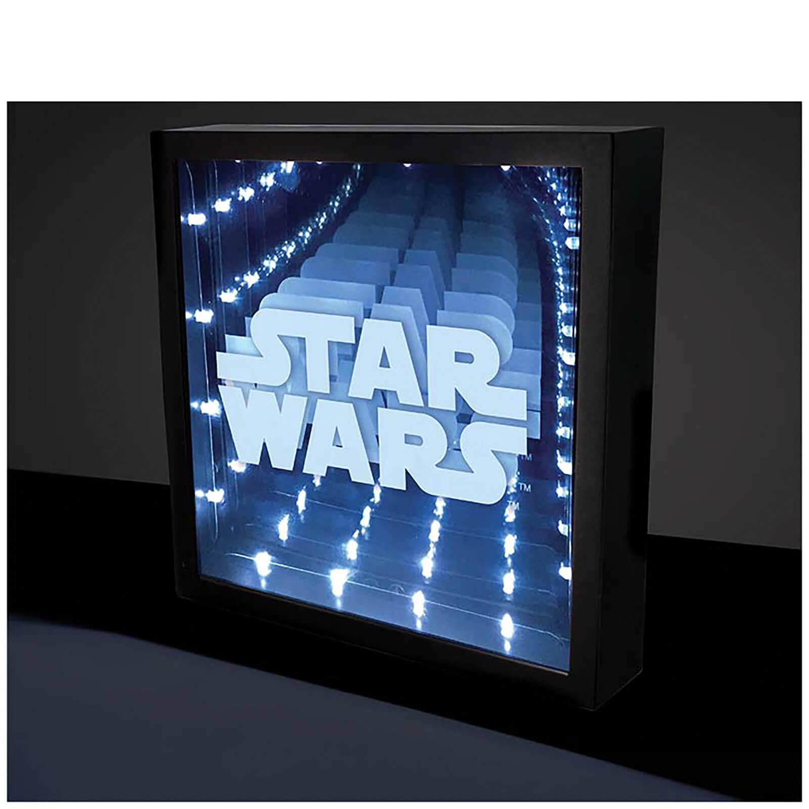 Star Wars Unendlichkeitslicht für 9,88€ inkl. Versand (Zavvi)
