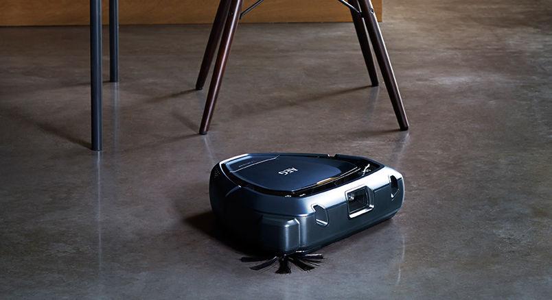 (Mediamarkt) Staubsaugerroboter AEG RX9-1-IBM X 3D VISION + AEG CX7 X Flexibility CX7-2-I360 Stielsauger für zusammen 649€ statt 900€