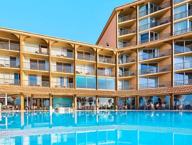 Winterwoche auf Madeira: 4* Hotel inkl. Frühstück, Flug, Rail&Fly u. Transfer ab 335€ p.P.