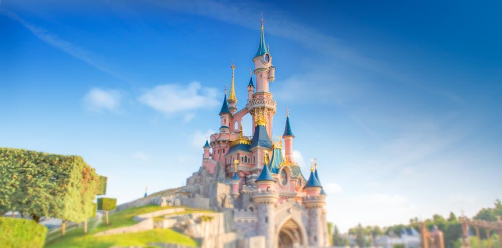 2 Tage Disneyland Paris + 1 Nacht im Disney Hotel im Doppelzimmer