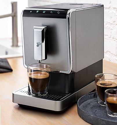 Tchibo Kaffeevollautomat Esperto Caffè [TchiboCard Inhaber 70€ Rabatt]