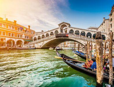 Flüge nach Venedig ab 9,98€ Hin und Zurück (4,99€ one-way) von Berlin (Nov - Jan)