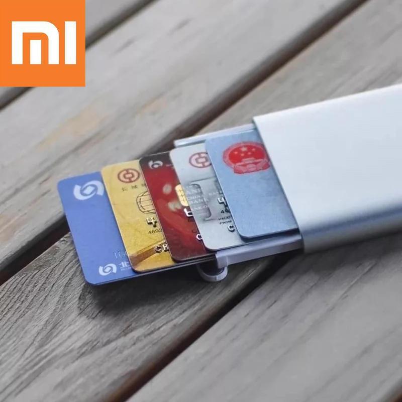 Xiaomi MIIIW Pop Up Case für 6 Kreditkarten