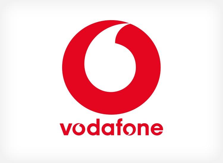 Vodafone Red M 11 bzw. 21 GB + RED Internet & Phone DSL 100 + Samsung Galaxy S9 Plus Dual + Samsung Galaxy Tab S2 9.7 Wi-Fi + Giga Combi