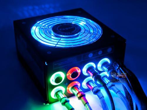 x09 Tagan TG500 bis TG1300-U88 BZ 500W bis 1300W PipeRock 80+ Netzteil Kabelmanagemen?t LED beleuchtet