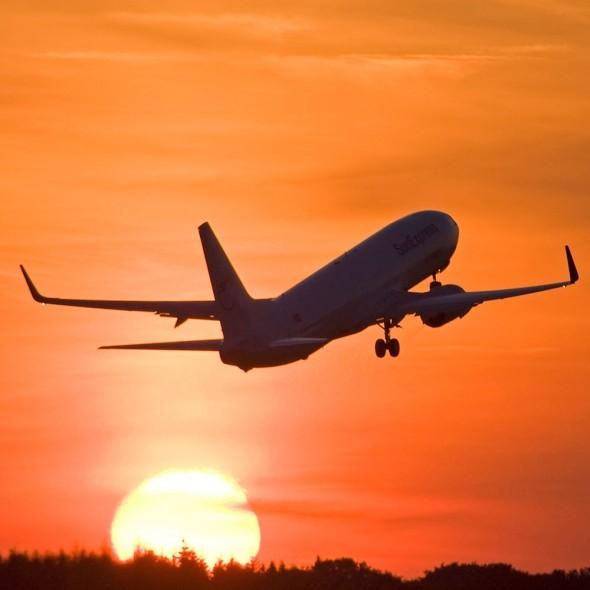 Flüge nach Mallorca, Faro, Malaga und Alicante ab 1,98€ Hin und Zurück (0,99€ one-way) von Berlin und Düsseldorf (Nov - Jan) - Black Friday