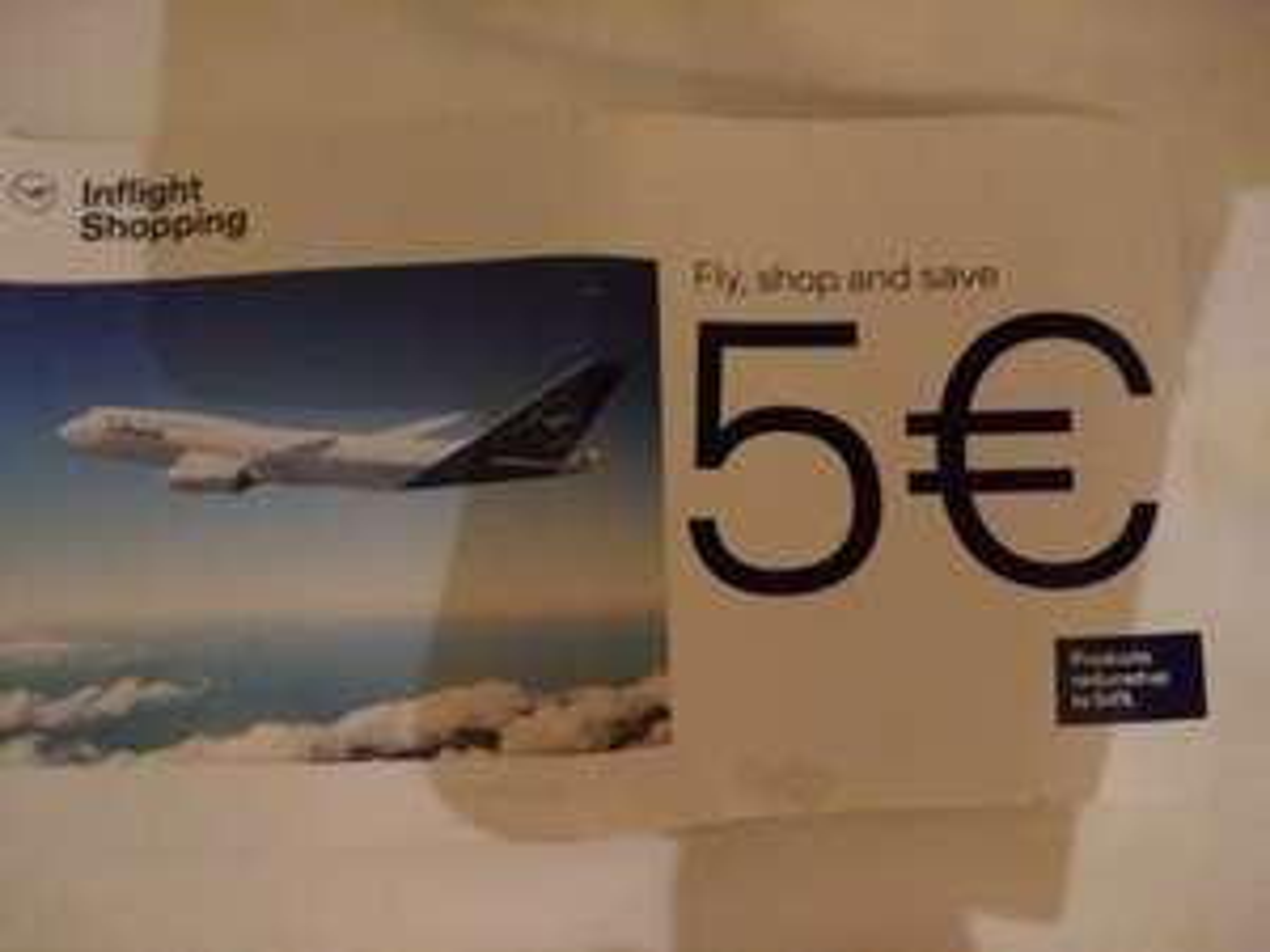 Lufthansa Bordverkauf 5Euro Gutschein auf Essenstablett im Flug