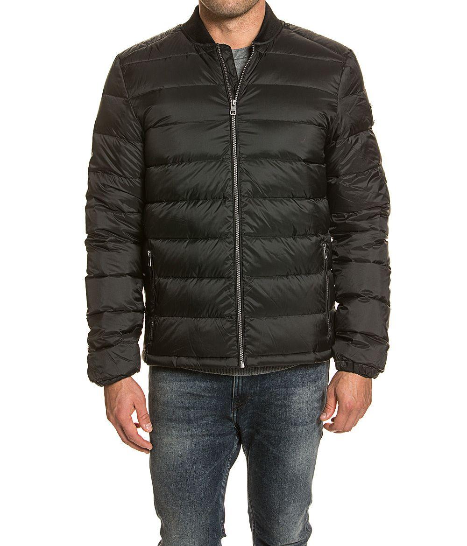 Winterjacken-Sale bei Top12, z.B. Woolrich Jacke Damen für 349€, Hugo Boss Daunenjacke für 139,12€, Calvin Klein Daunenjacke für 79,12€