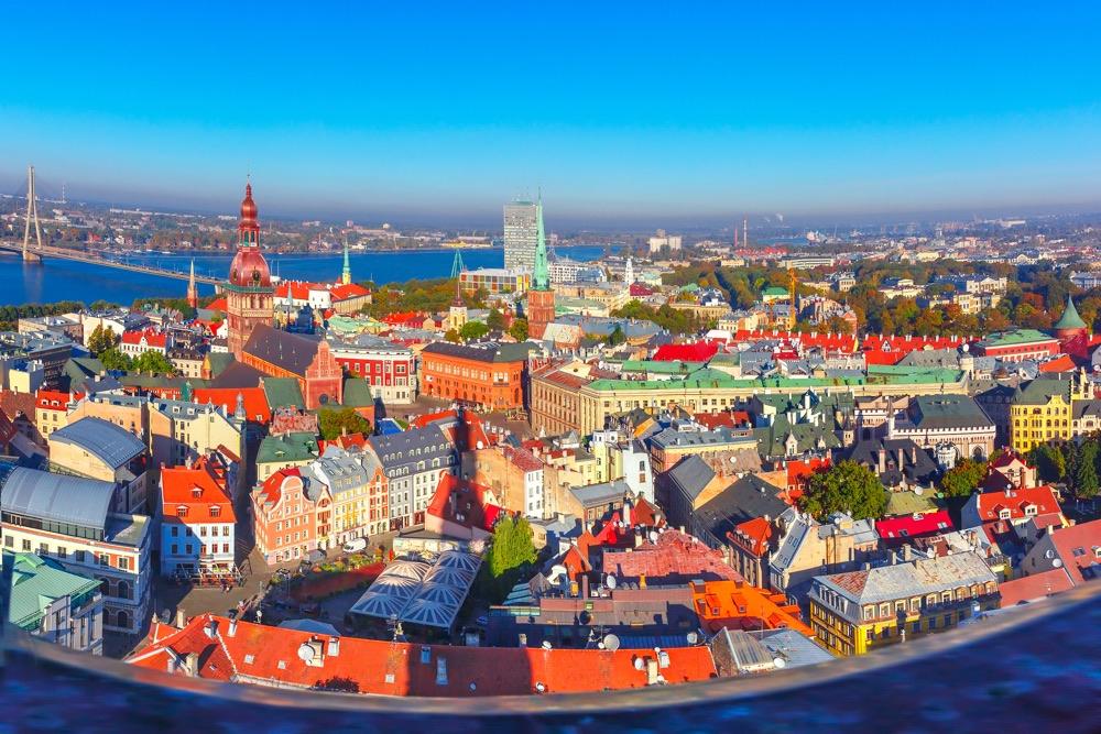 Flüge: Lettland ( Januar - März 2019 ) Hin- und Rückflug von Berlin, Köln und Hahn nach Riga ab 18,48€